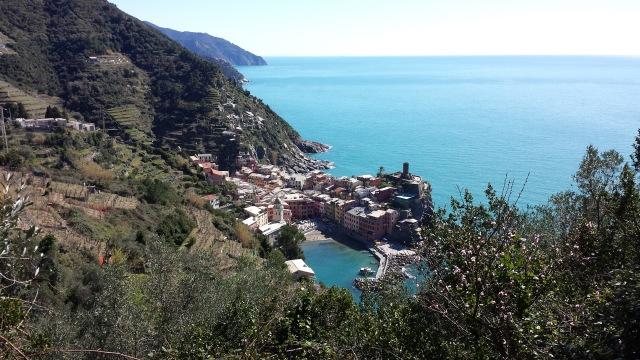 vista da trilha para Vernazza